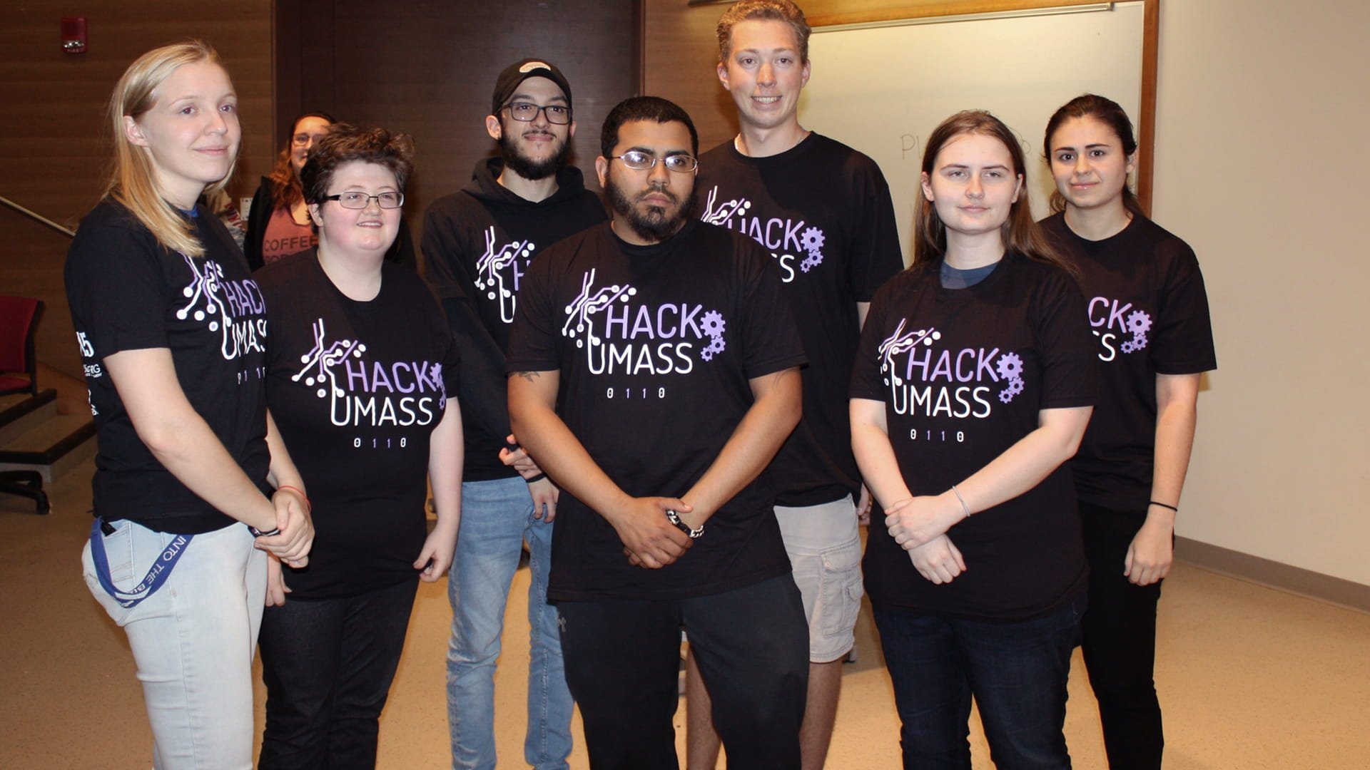 CQ9电子游戏 students pose for a photo during HackUMass VI at UMass Amherst.