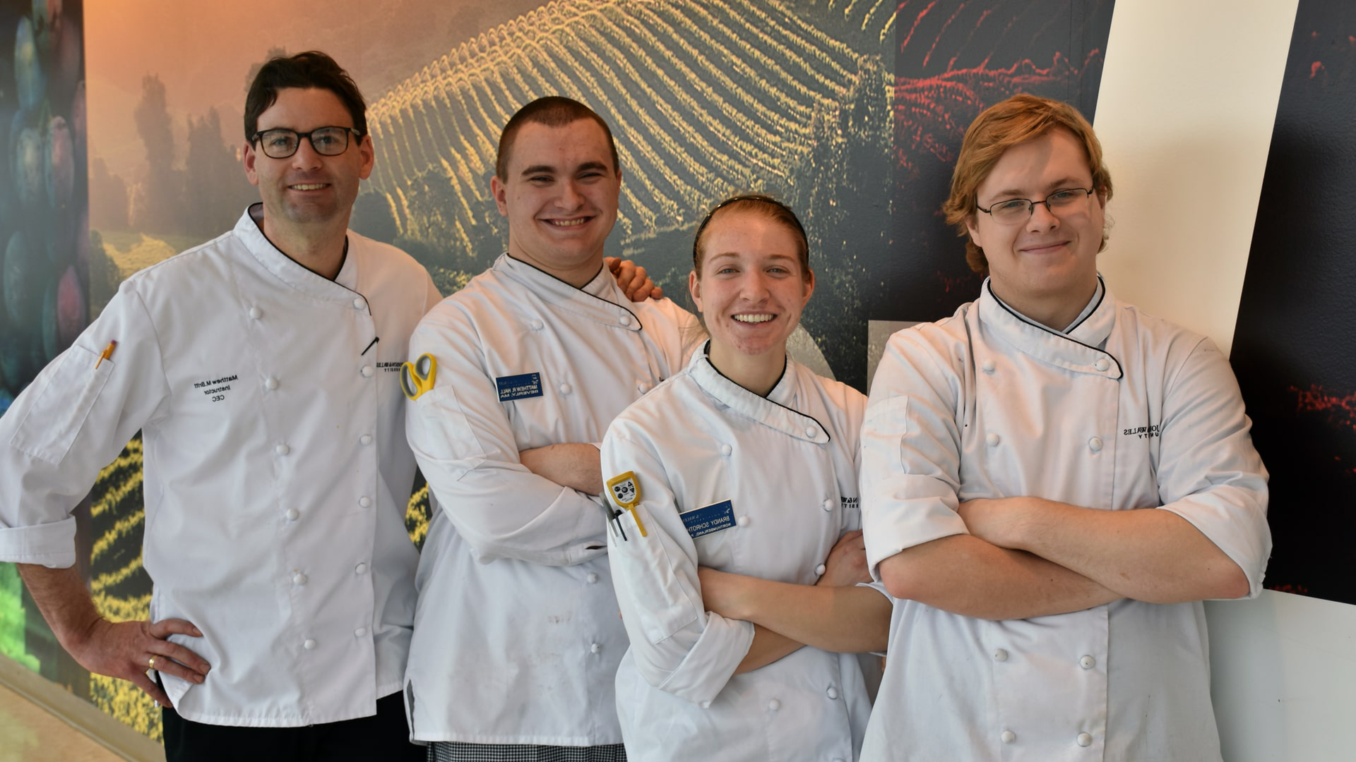 Essex Clams Development Group, left-right: Jake Vincent, Brandy Schroth, Matthew Hall, Chef 马修·布里特 (Not pictured: Idacia Miles)